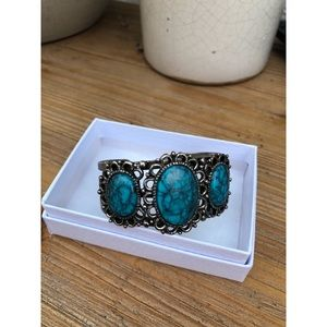 Vintage Silver and Turquoise Bangle